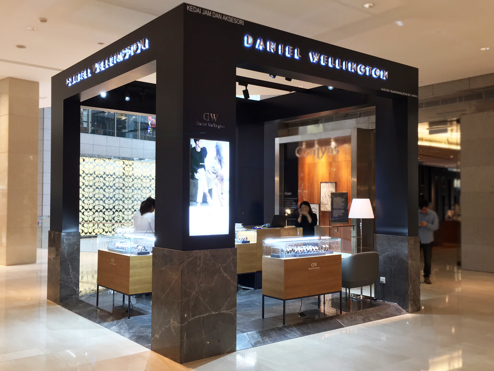 Fashion Mall Stores >> Daniel Wellington opens KL first permanent retail - Retail in Asia