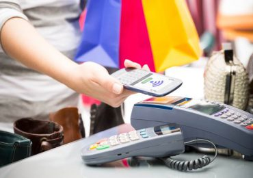 Mobile payment retail experience customer loyalty pic - Retail in Asia