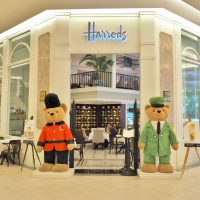 Department store Harrods rakes in £2bn annually on China tourism