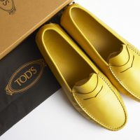Tod's sales drop nearly 5%, CEO departs