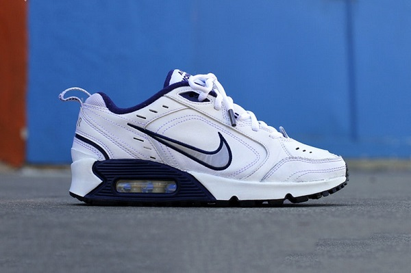 best service 48eb5 73b1c Nike Air Monarch