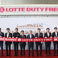 Lotte opens Hanoi duty-free shop