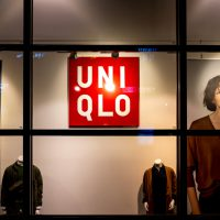 Korea-Japan trade war Uniqlo closing down stores in Seoul